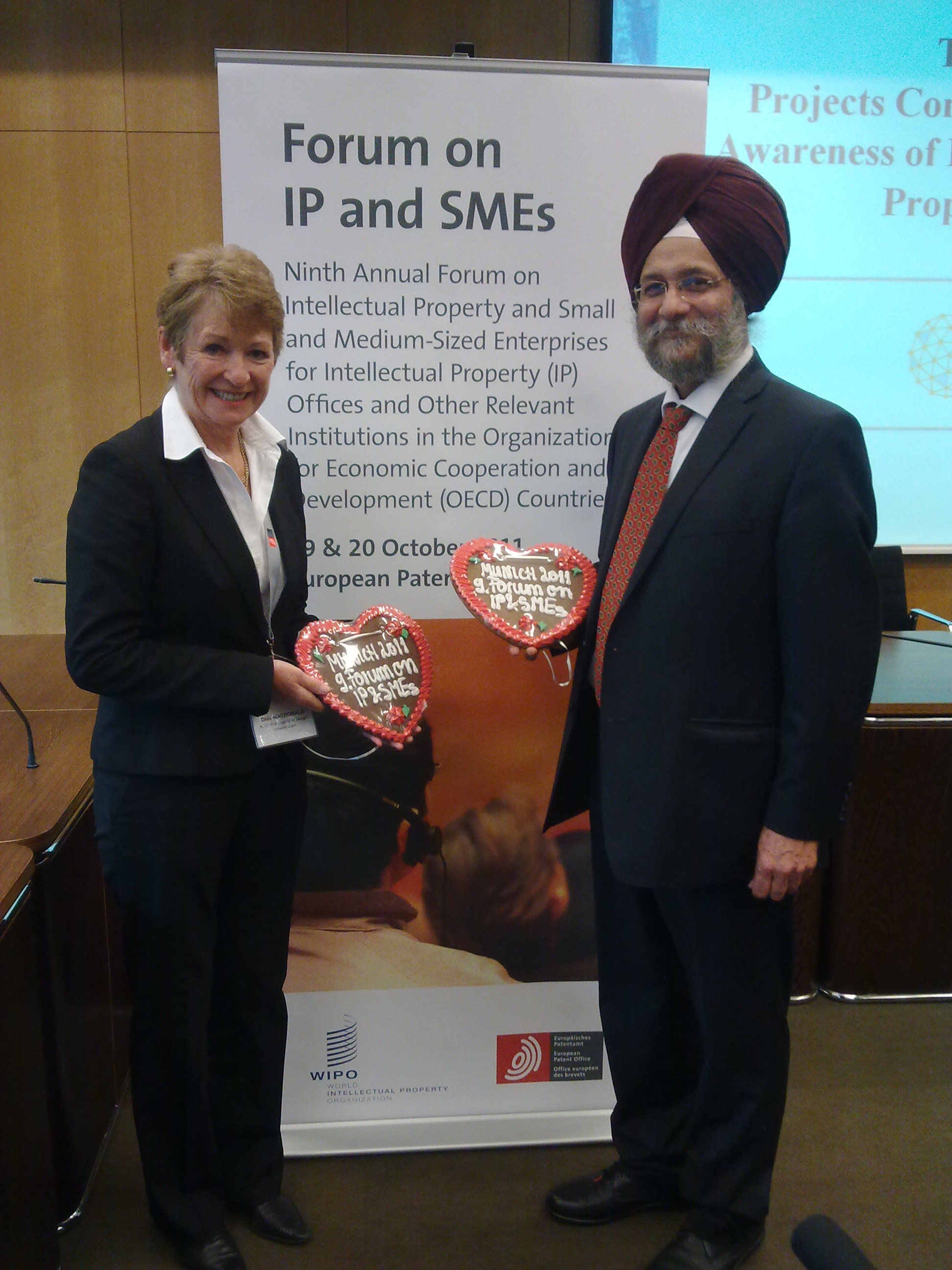 CEO Dids Macdonald with Mr Guriqbal Singh Jaiya, WIPO Director of SME Division and Jeremy Philpot EPO Innovation